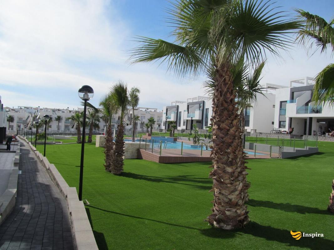 Oasis Beach 9 Appartementen Huren